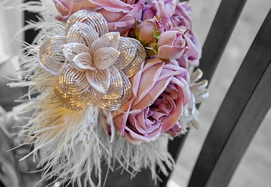 Букеты из бисера на свадьбу опоры для розы плетистой купить