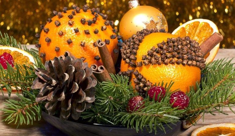 Делать своими украшения к новому году