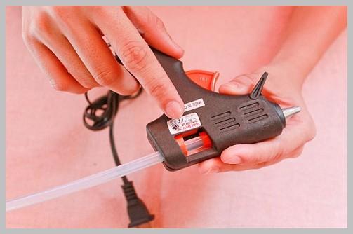 как работать с клеевым пистолетом инструкция - фото 9