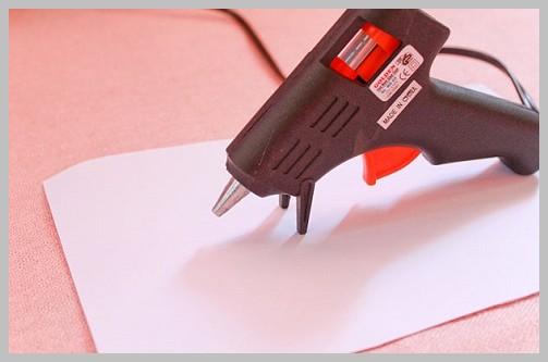Как пользоваться клеевым пистолетом: фото инструкция