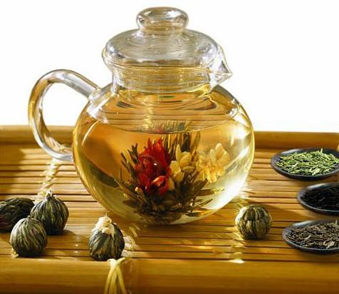 Чем удивить гостей? Связанный чай ручной работы!