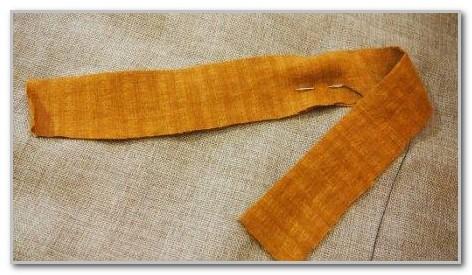 Подарок маме своими руками: Текстильные бусы.